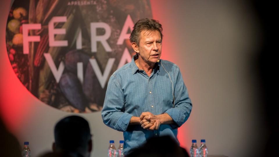 Harri Lorenzi participa das experiências da Feira Viva.